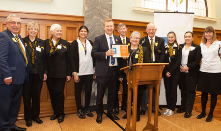 Minister of Health Jonathan Coleman with members of the Wellington Hospital Volunteer, the Health Volunteers of the year for 2017.